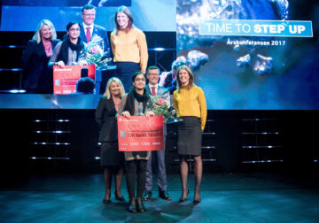 The Minister of Trade and Industry Monica Mæland (H), the winner Dr. Naureen Akhtar (University of Bergen), Dag Rune Olsen (Rector, University of Bergen) and Ragnhild Janbu Fresvik (EVP Business, Sparebanken Vest).